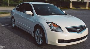 Clean Title 2007 Nissan Altima 3.5L For Sale for Sale in Palmdale, CA