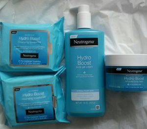 4 pc Neutrogena Beauty Bundle for Sale in Grand Prairie, TX