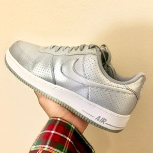 Nike Air Force 1 Silver Metallic for Sale in Federal Way, WA