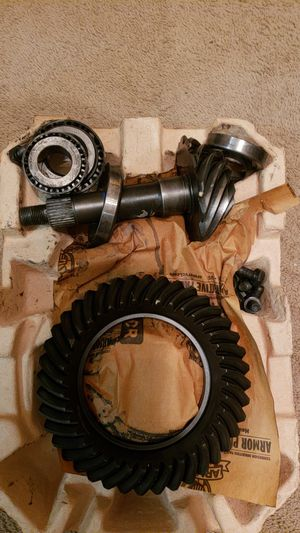 Rear Axle Gear Set 2011 Silverado 1500 for Sale in Murfreesboro, TN