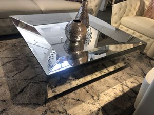 Mirrored coffee table for Sale in North Bethesda, MD