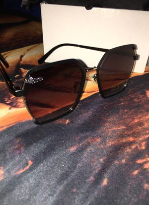 Elite sunglasses for woman for Sale in Commerce, CA
