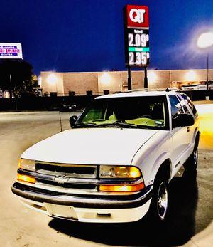 LOW MILES!!! 2000 Chevy Blazer for Sale in Dallas, TX