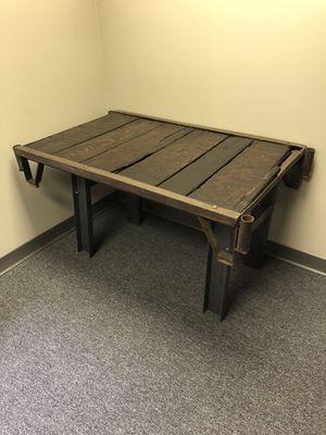 Pallet desk for Sale in Columbus, OH