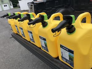 5 Gallon Diesel Containers - Lot of 6 for Sale in Middletown, MD