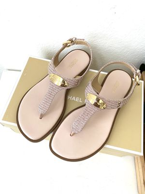 Michael Kors Plate Glitter Thong Sandal for Sale in Arlington, TX