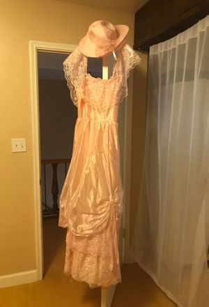 Halloween southern belle dress and hat. for Sale in Tempe, AZ