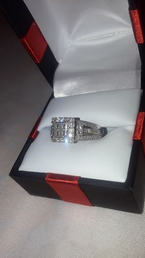 10k white gold engagement ring. Size 5 for Sale in Sudley Springs, VA