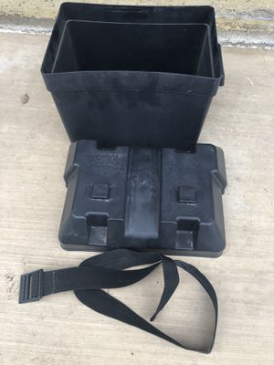 Camco battery box for Sale in Escondido, CA