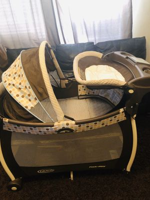 GRACO pack n play for Sale in Riverside, CA