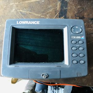 Lowrance LcX-28cHD for Sale in Kyle, TX