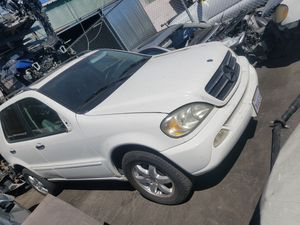 2001 Mercedes ML320 parts car parting out for Sale in Lawndale, CA