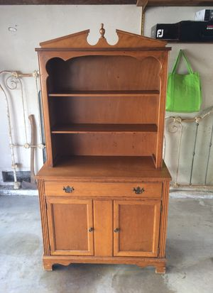 ca 1950's Solid Oak Hutch for Sale in Huntington Beach, CA