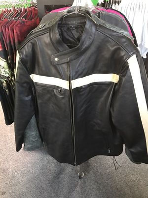 Leather coat brand new for Sale in Fort Lauderdale, FL