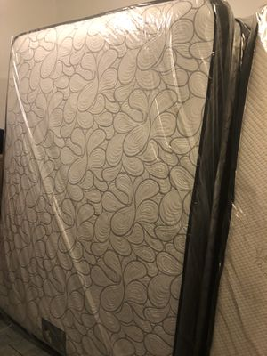 Mattress for Sale in Waukegan, IL
