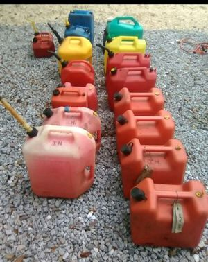 30 gallons of 87 octane gas for Sale in Cashmere, WA