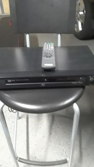 SONY CD/ DVD PLAYER WITH REMOTE for Sale in Clovis, CA