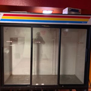 3 Door Commercial Refrigerator Display Case for Sale in San Jose, CA