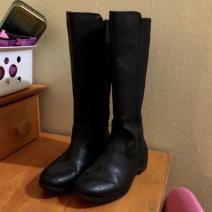 Girls NINE WEST knee high leather boots for Sale in Philadelphia, PA