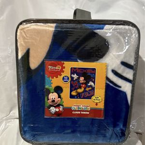 Disney Mickey Mouse Blanket for Sale in Los Angeles, CA