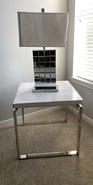 White & Grey Marble End Table & Lamp for Sale in Grand Prairie, TX