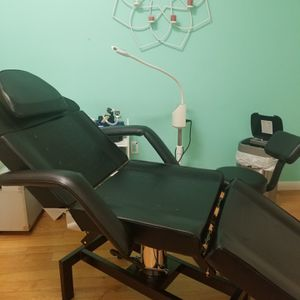 massage chair for Sale in Garfield, NJ