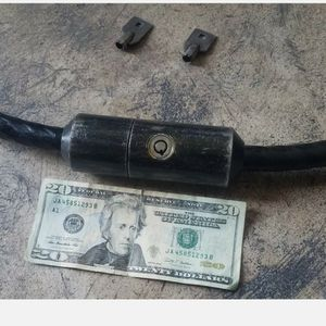 """VINTAGE FORT LOCK CO. CHICAGO.1"""" X 7' Heavy Duty Motorcycle CABLE Lock W/2 Keys for Sale in Morton Grove, IL"""