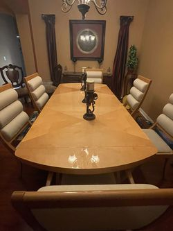Modern Dining Table for Sale in Clermont,  FL