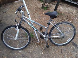 Aluminum mountain bike for Sale in Memphis, TN