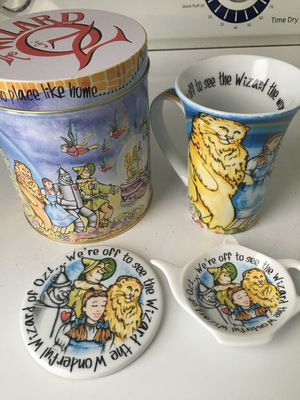 The Wizard Of Oz Collectible Set for Sale in Raleigh, NC