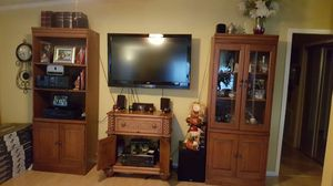 Bookshelves/ cabinet and China cabinet for Sale in Lake Worth, FL