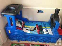 Little Tikes Thomas & Friends Train Bed with Mattress for Sale in Phoenix, AZ