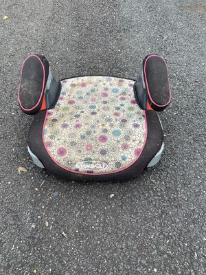 Flower print Graco booster seat for Sale in West McLean, VA