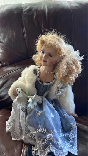 Doll for Sale in Troutdale, OR