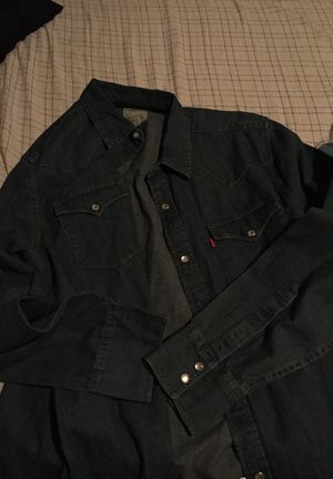 Men's jeans shirt for Sale in Silver Spring, MD