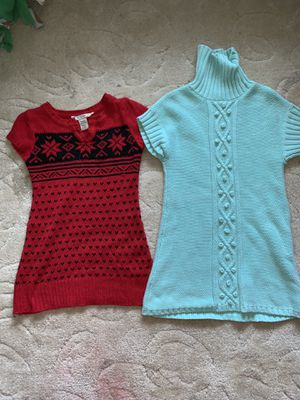 GIRLS SWEATER DRESSES SIZE 7/8 for Sale in Cleveland, OH