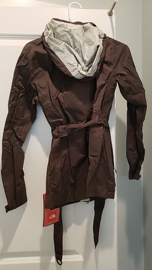 NorthFace raincoat for Sale in North Las Vegas, NV