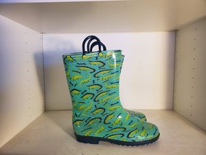 RAIN BOOTS KIDS SIZE 3 for Sale in Charlotte, NC