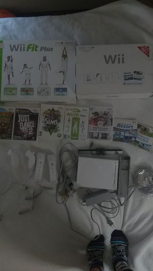 Wii game system with fit plus for Sale in Washington, DC