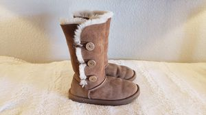 UGG Boots for Girls Size 2 for Sale in Phoenix, AZ