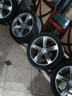 20 Inch Rims Off A Dodge Challanger Also Fits Dodge Charger for Sale in Ceres,  CA