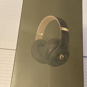 beatsstudio3 wirelesss for Sale in Hartford, CT