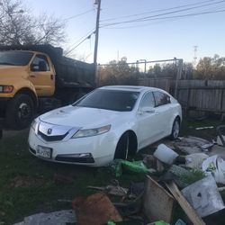Parting Out 09 Pathfinder And 09 Acura TL for Sale in San Antonio,  TX