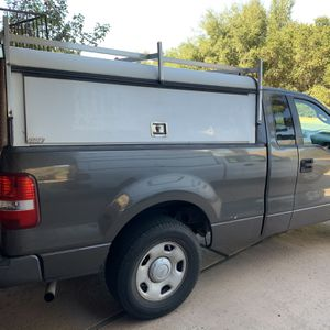 """ARE Camper Shell Fits A Ford 6-1/2' Bed """"see The Label In Pics """" for Sale in Ramona, CA"""