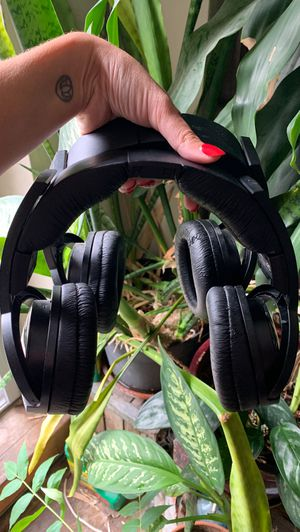 2 SONY headphones lot for Sale in New York, NY