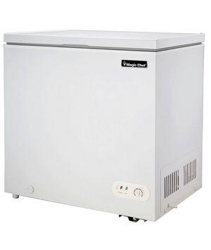 6.9 cu. ft. Chest Freezer in White for Sale in Miami, FL