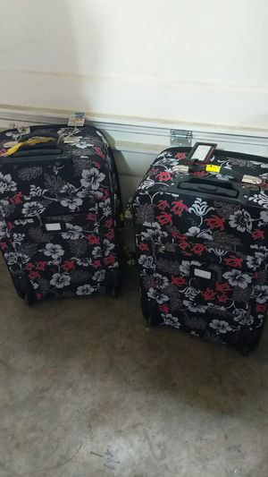 Suitcases for Sale in Maple Valley, WA