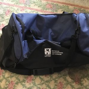 Duffle Bag With Wheels for Sale in Humble, TX