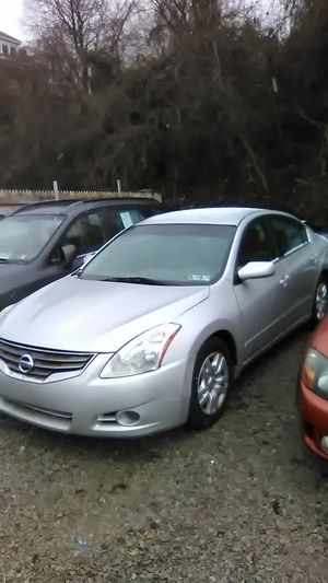 2011 Nissan Altima for Sale in Mount Oliver, PA