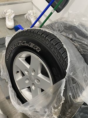 Jeep gladiator stock wheels for Sale in Baltimore, MD